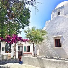 A beautiful place in Folegandros island (Φολέγανδρος), Greece