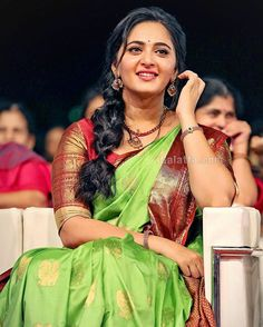 Anushka Loves Hot Looking Photos of Anushka Shetty in Saree Indian Actress Hot Pics, Most Beautiful Indian Actress, South Indian Actress, Indian Actresses, Actress Anushka, Bollywood Actress, South Indian Bride, Indian Bridal, Anushka Shetty Saree