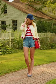 Blogger Blair Eadie of Atlantic-Pacific shows a popular American themed color palate consisting of red, white and blue. This color scheme can be seen everywhere right now. Emily W.