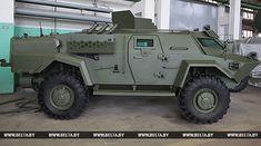 """РЕПОРТАЖ: Машина, которой не нужны дороги. """"Кайманы"""" поступают на вооружение белорусской армии"""