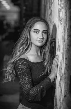 Anna | Macomb County Senior Pictures and Outdoor Portraits - Black and White