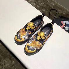 Versace Mens Shoes, Casual Shoes, Men Casual, Medusa, Supreme, Men's Shoes, Kicks, Basket, Mens Fashion