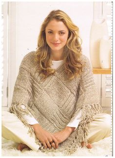 Knitted Poncho Patterns With Video Tutorial For Beginners Advanced Poncho Knitting Patterns, Knit Patterns, Free Knitting, Knitted Cape, Knitted Shawls, Knit Or Crochet, Crochet Shawl, Poncho Design, Scarf Patterns