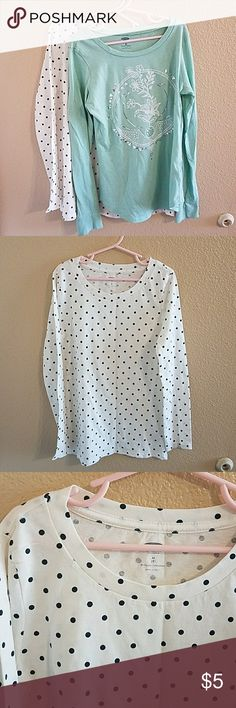 Old Navy Long Sleeve Shirt Bundle SZ 8 NWOT NWOT Old Navy Long Sleeve Shirt Bundle Size 8 Old Navy Shirts & Tops Tees - Long Sleeve