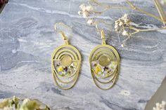 Real Pressed Flowers Earrings, Gold Drops with Alyssum #etsy #handmade #jewelry