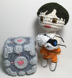 Ravelry: Portal 2 Amigurumi Playset (includes Chell, Portal device and Weighted Companion Cube) pattern by Emjay Bailey