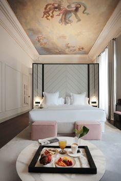 Charmant New Romantic Hotel Súmmum Prime Hotel In Palma De Mallorca. Boutique Hotel  Room, Boutique