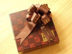 リボンでリボン!?の作り方|ラッピング|紙小物・ラッピング|アトリエ|手芸レシピ16,000件!みんなで作る手芸やハンドメイド作品、雑貨の作り方ポータル