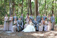 Stephanie Fay always has the best bridal party poses! Thinking differently about large groups... Hilton Head Wedding : Jessica + Ryan