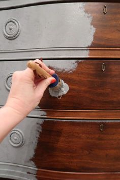You Can Use Chalk Paint Over Stain Yes! You Can Use Chalk Paint Over Stain - Porch Daydreamer - A Beautiful LifeYes! You Can Use Chalk Paint Over Stain - Porch Daydreamer - A Beautiful Life Refurbished Furniture, Repurposed Furniture, Antique Painted Furniture, Vintage Furniture, Painted Furniture French, Rustic Furniture, Modern Furniture, Copper Furniture, Farmhouse Bedroom Furniture