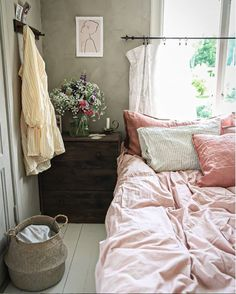 my scandinavian home: A Charming Swedish Home Furnished with A Mix of Old and New Cute Apartment, Apartment Bedroom Decor, Home Bedroom, Room Decor Bedroom, Bed Room, Bedroom Ideas, Modern Bedroom Decor, Scandinavian Bedroom, Master Bedroom Design