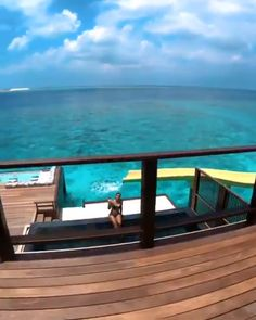 Discover all you can do in Maldives with our tour. All you need to make these 7 days unforgettable. Descubra os melhores lugares para viajar no mundo Beautiful Places To Travel, Beautiful Hotels, Romantic Travel, Cool Places To Visit, Places To Go, Romantic Places, Romantic Vacations, Vacation Places, Vacation Destinations