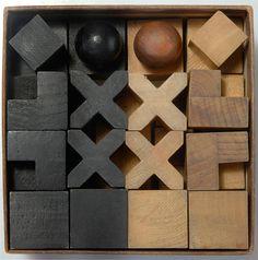Josef Hartwig - Bauhaus chess designed in 1924