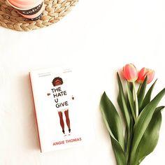 """Gefällt 170 Mal, 9 Kommentare - Kati Junge (@zeitzulesen) auf Instagram: """"Dieses Wochenende habe ich die Realität vor der Tür gelassen und gleich 2 Bücher verschlungen. …"""""""