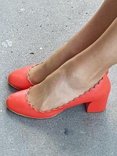 Shoes by Chloe 50 Fashion, Fashion Tips, Other Woman, Chloe, Kitten Heels, Bags, Women, Shoe, Fashion Hacks