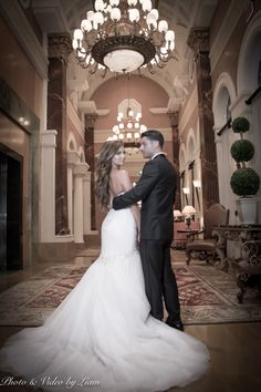 Another gallery is up on our site! This time for the beautiful wedding venue Acqualina Resort and Spa Check out the beautiful photos we have :) Miami Wedding Venues, Beautiful Wedding Venues, Wedding 2017, Luxury Wedding, Real Weddings, Amanda, Spa, Wedding Photography