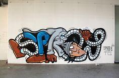 SPRAY ist Graffiti Writer aus Berlin und malt in der TG Crew. Auf Superlative Magazine stellt er sein liebstes Piece vor und erklärt worum es dabei geht