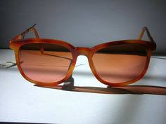 135a4a42968e HOT COUTURE VINTAGE EYEWEAR : Vintage Serengeti Drivers Ladies Sunglasses