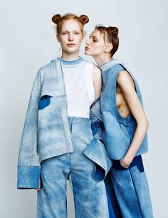 Inspiration for post on double denim on www. Denim Fashion, High Fashion, Fashion Show, Womens Fashion, Net Fashion, Denim Editorial, Editorial Fashion, American Apparel, Street Looks