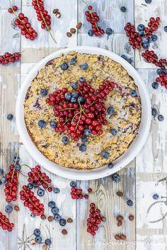 Berry Crumble Cheesecake - Beeren-Streusel-Käsekuchen