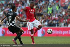 Eliseu, marcador do golo solitário que deu a vitória ao Benfica no regresso do Bessa à primeira divisão.