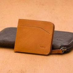 Bellroy Carry Out Wallet: FEATURES 6-16+ cards 10.8cm x 20.7cm Removable wallet (slips into your pocket) Zip closure keeps contents better protected Fits all major currencies Designed to fit a smartphone Premium vegetable tanned leather Backed by our 3 year warranty ArtNr 9343783001095