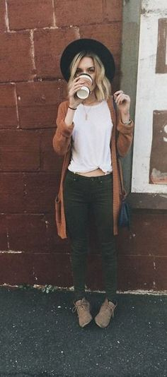 25+ Swanky & Fancy Hipster Outfits