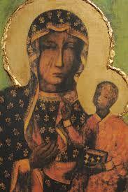 La devoción a la Virgen de Czestochowa, fue introducida por nuestro hermano polaco D. León Sliwinski. La Imagen de la Virgen que posee la archicofradía y procesiona en estandarte con los colores de la bandera de Polonia, roja y blanca, fue bendecida por S.S. Juan Pablo II, amigo personal de D. León.