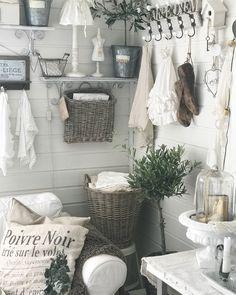 Dere, Clawfoot Bathtub, Photo And Video, Instagram, Home Decor, Decoration Home, Room Decor, Home Interior Design, Home Decoration