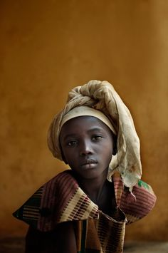 Africa |  Young girl in Sierra Leone | ©Ian Winstanley, for World Vision