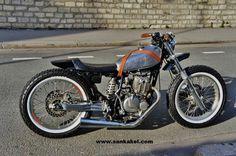 DR 350 CUSTOM FLAT TRACKER BY SANKAKEL moto suzuki vintage cross scrambler bobber