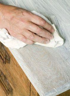 DIY - Meubels ceruseren voor een landelijke look - Paper Pigeon | Paper Pigeon