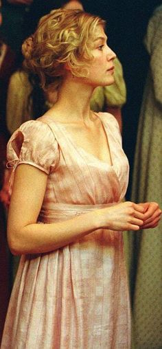Elizabeth 1998, My Academia, Vera Ellen, Bend It Like Beckham, Regency Gown, Rosamund Pike, Story Characters, Pride And Prejudice, Jane Austen