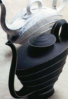 Pottery Teapots, Teapots And Cups, Ceramic Teapots, Teapot Design, Ceramic Design, Teapots Unique, Ceramic Pitcher, Tea Art, Tea Service