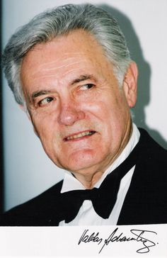 Valdas Adamkus ( born in Kaunas, Lithuania; November 3, 1926) was President of Lithuania from 1998 to 2003 and again from 2004 to 2009.
