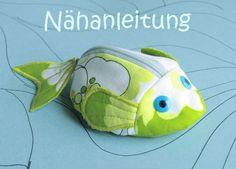 Nähanleitungen Baby - Nähanleitung Schnullertäschchen Fisch Portemonnaie - ein Designerstück von orimono bei DaWanda