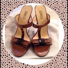 💯🎈Prada Ombré🎈 Super sexy and super cute. Black and mauve.small nice in heel. Not oblivious Prada Shoes Heels
