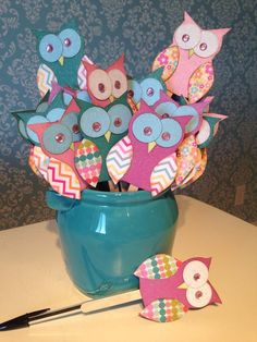 How to make owl topper pens. Perfect for party favors of any age.