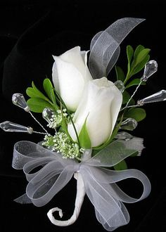 white rose corsage, I like the jewels that were added! Rose Wedding Bouquet, White Wedding Bouquets, Corsage Wedding, Bride Bouquets, Floral Wedding, Prom Flowers, Bridal Flowers, White Flowers, Corsage And Boutonniere