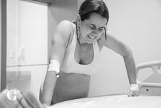 O parto que mudou a minha vida como fotógrafa ⋆ Glaysianne Aquino Basic Tank Top, Tank Tops, Women, Fashion, C Section, Just Amazing, Moving Out, Moda, Halter Tops