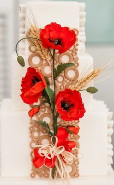 Soffio D'Estate good for an Ukrainian wedding Cool Pictures To Draw, Pictures To Paint, Poppy Cake, Poppies Tattoo, Ukrainian Recipes, Fancy Cakes, Pretty Cakes, Cake Art, Holidays And Events