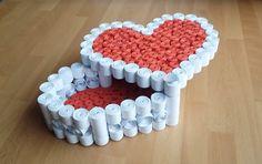 DIY Tutorial Quilling Heart Box | Gör Det Själv: Quilling Hjärtformad Box  TUTORIAL: https://www.youtube.com/watch?v=fMPXT451Uhg&feature=youtu.be