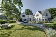 Hamptons Real Estate Showcase features Town & Country! | Broker Showcase - Pamela Walsh http://hamptonsrealestateshowcase.com/blog/broker-showcase-pamela-walsh/#more-1960