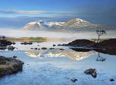One of the most famous mountain ranges in Scotland, the Black Mount stretches from Glen Orchy to Glencoe, along the western side of the mysterious Rannoch Moor.