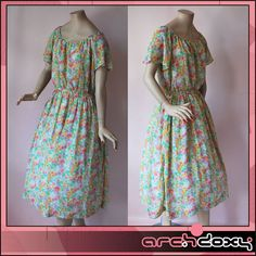 Vintage 1970s Super Sweet Gathered  BOHO Neckline Ditsy Print Chiffon Dress UK12