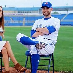 Shy Marco may be my new favourite. (Source: Sportsnet - Plays of the Month) Marco Estrada, Toronto Blue Jays, Blue Jays, baseball, ateDARYL Baseball Memes, Baseball Posters, Baseball Uniforms, Baseball Boys, American League, Toronto Blue Jays, Go Blue, Los Angeles Dodgers, Raptors