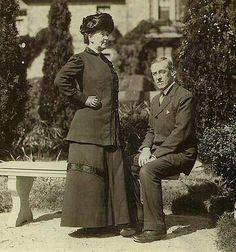 Woodrow Wilson and Ellen Axson Wilson Woodrow Wilson 28th #President of the United States 29th #FirstLady Ellen Axson Wilson Children: Margaret, Jessie, and Eleanor #PresidentsOfUSA
