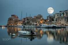Sicily Moon by Jay Hwang on 500px