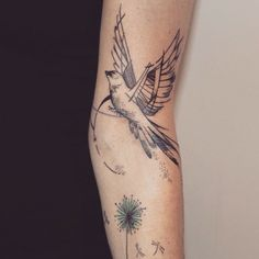 Tatuagem feita por @mariafernandeztattoo! #bird #passaro...