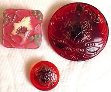 3 ANTIQUE VICTORIAN & EDWARDIAN GLASS BUTTONS - SCARLET RED, RED-ORANGE & PINK